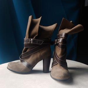 Rosegold Crisscross Buckle Strap Boots